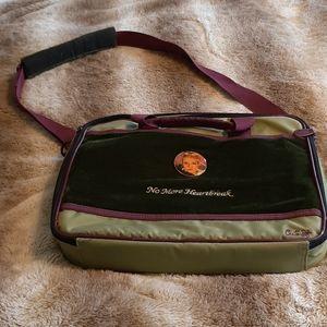 Vintage look laptop bag